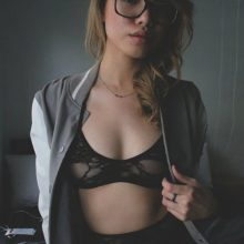 Секси-девушки в нижнем белье (27 фото)