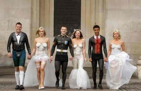 craziest-wedding-photos-18