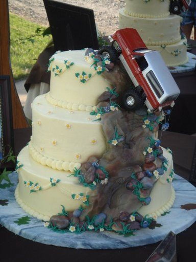 redneck-wedding-cake-toppers-wedding-cakes-designs-haofbearing3