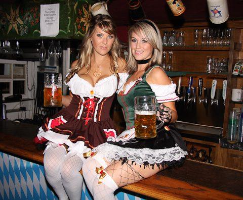 oktoberfest-girls-oldworld-480-1