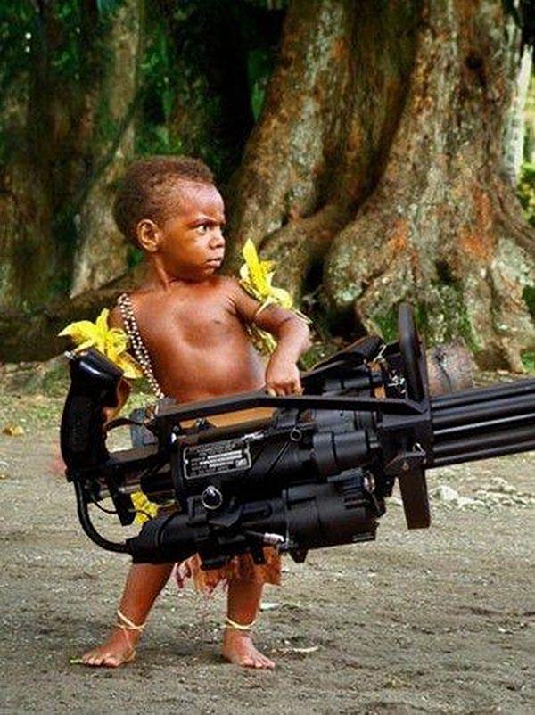 Картинки по запросу бабка с пулеметом