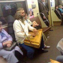 Приколы в Московском метро. (11 фото)