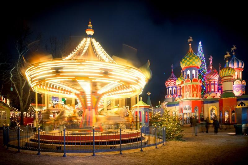 Захватывающее фото новогодней карусели