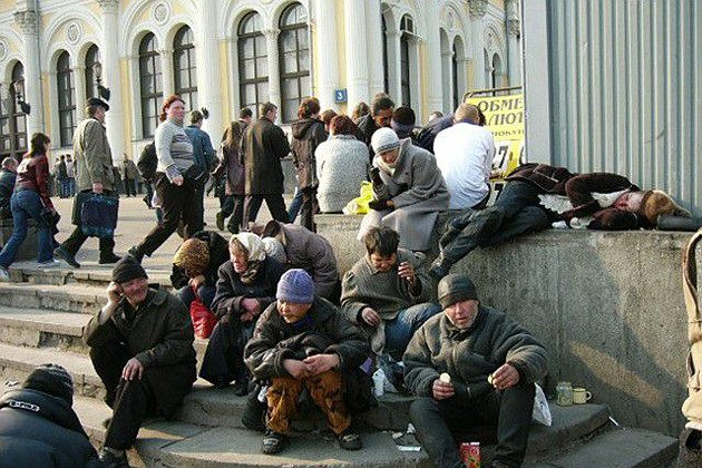 moscow_homeless_people