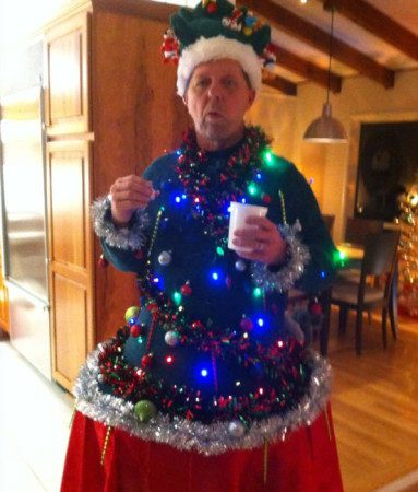 clever-ugly-christmas-sweaters-13__605