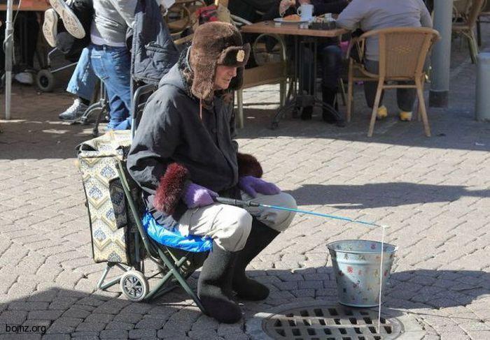 419809-2011.01.21-11.09.21-bomz.org-lol_bomj-riybak