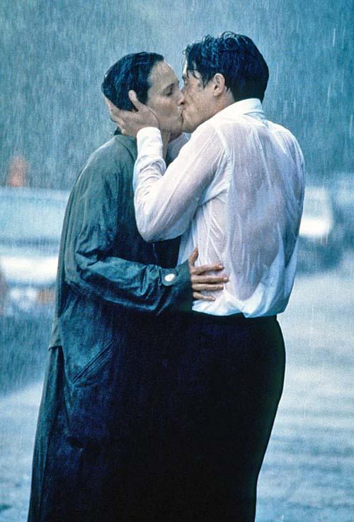 Телки целуются в засос эротично 2