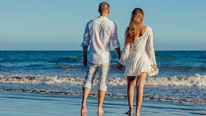 Частное фото пар на пляже пожилых