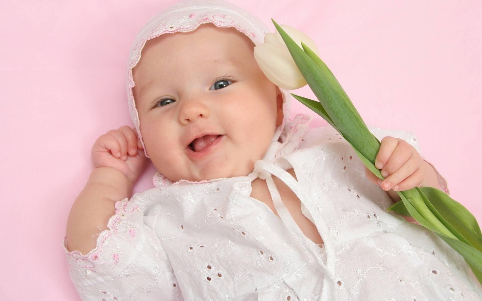 Картинка с младенцем девочка