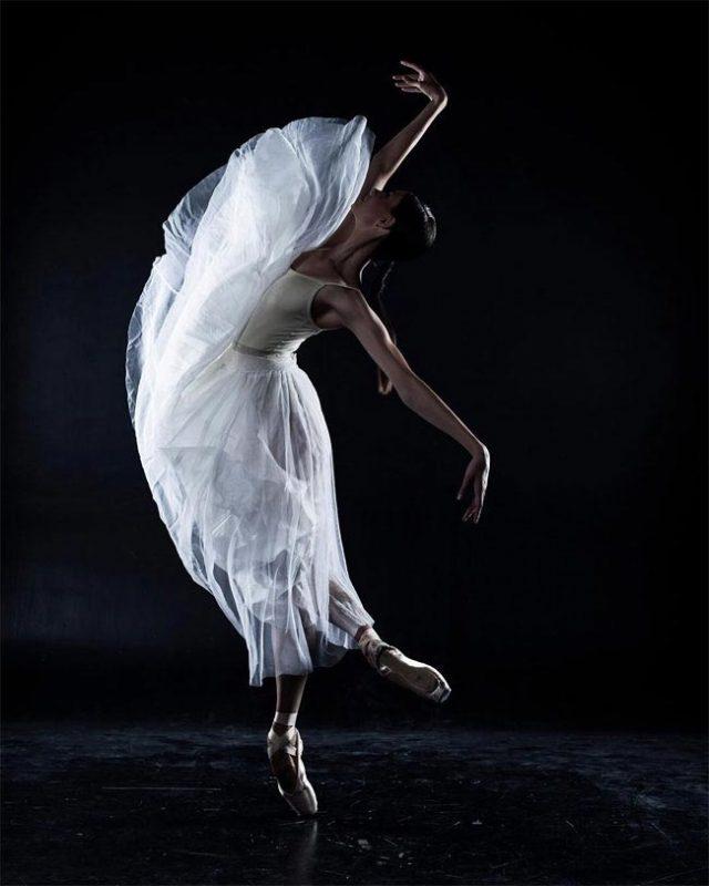 шаблон открытки картинки с балеринами один