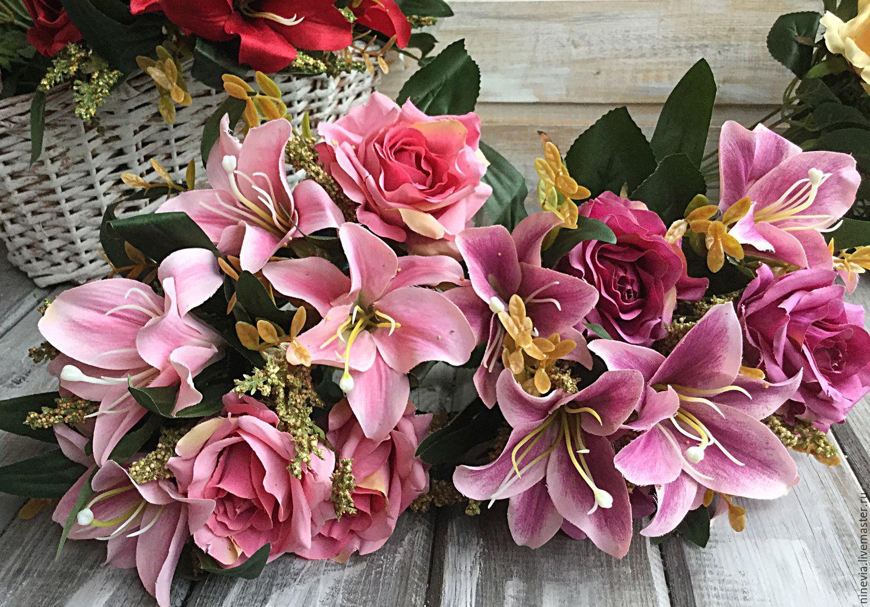 красивый букет цветов фото лилии жемчугом аристократическом