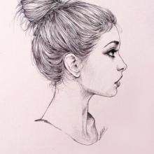 Рисунки карандашом девушка с пучком (18 фото)