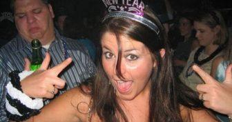 Пьяные девушки на Новый год