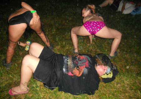 1347302974_passed_out_juggalos_03