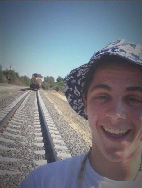 24191-3-8-selfi