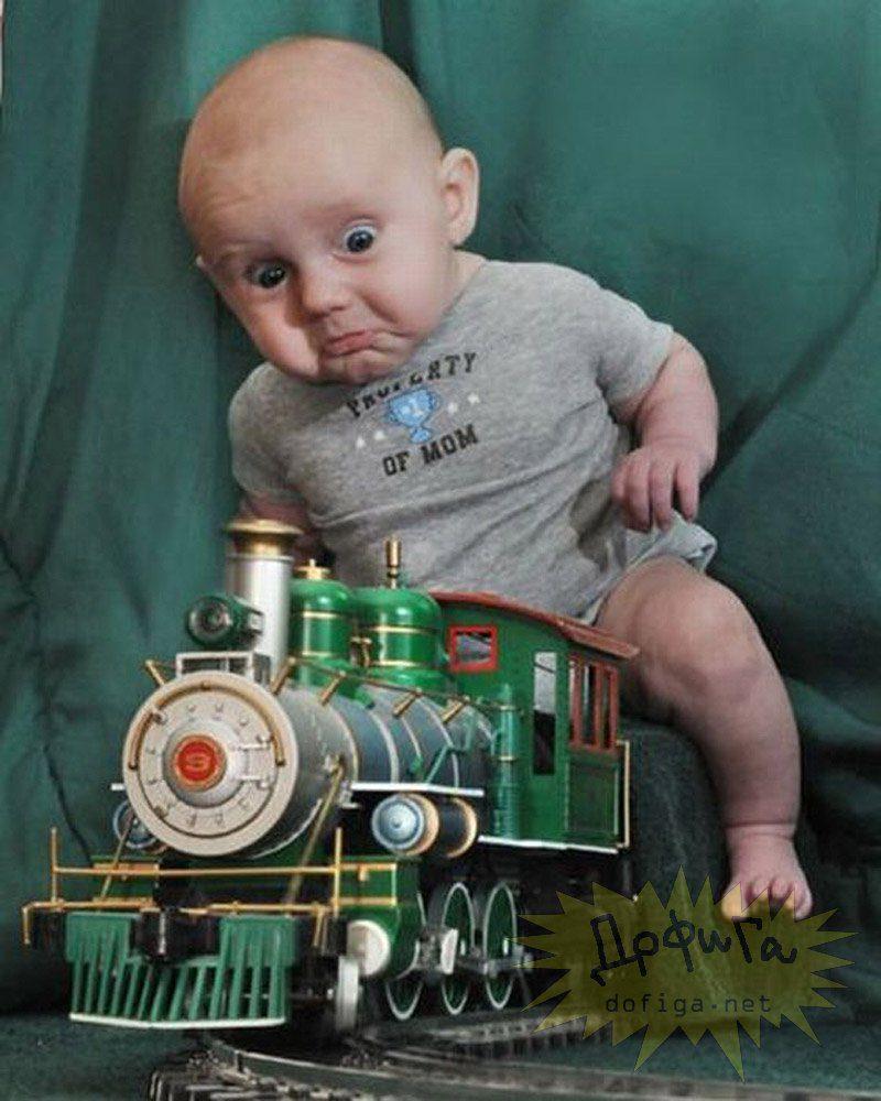 Маленький ребёнок прикольный фото