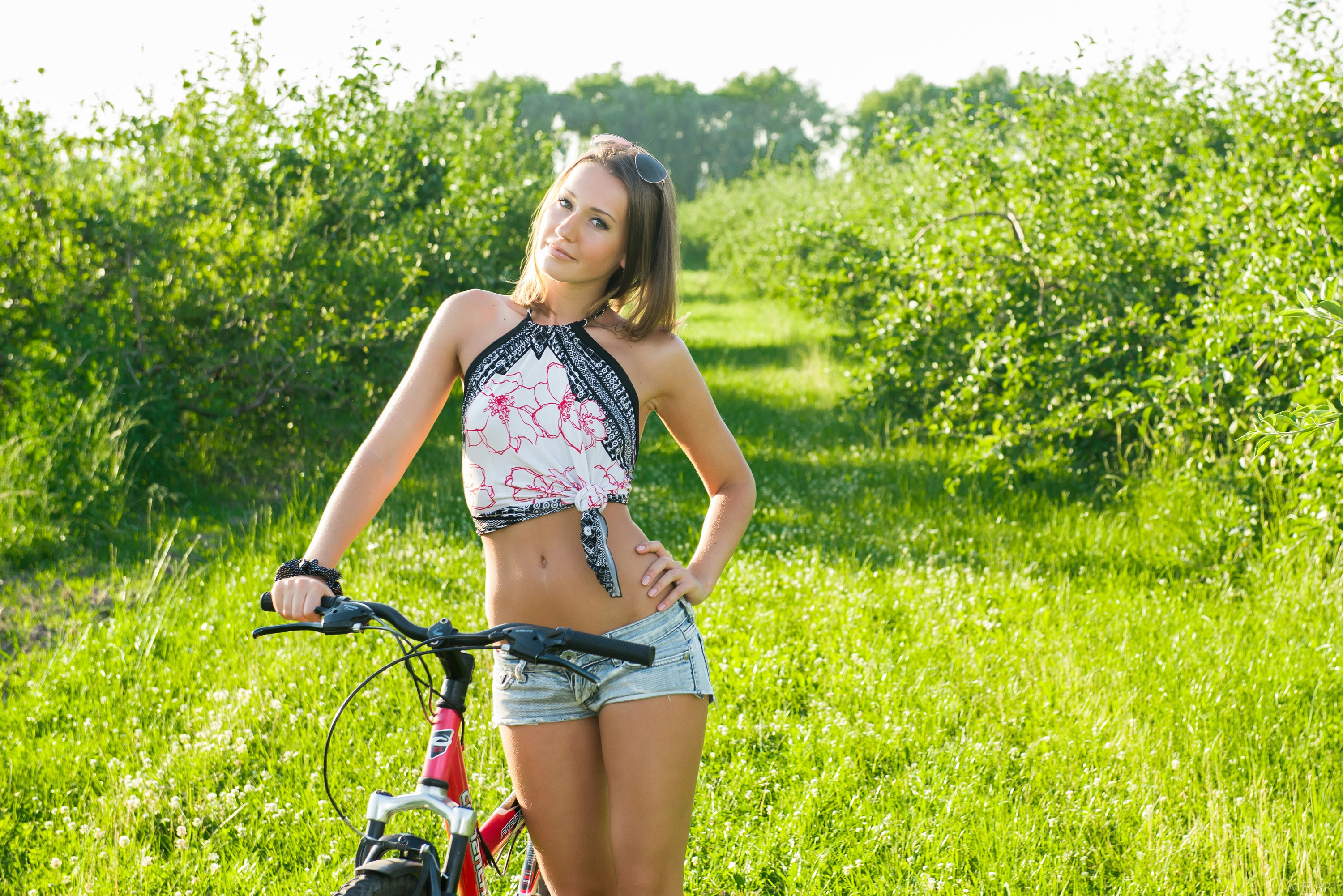 bike-girlz-wallpapers