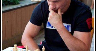 Приколы про шахматы. (12 фото)