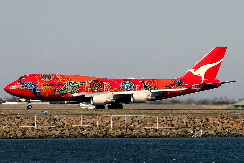 800px-Qantas_Boeing_747-400ER
