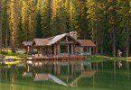 derevjannuj_dom_v_lesy_10