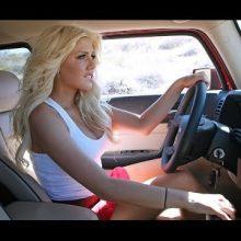 Женщины за рулем. (11 фото)