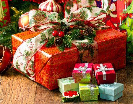 Вакансии на новогодних подарках