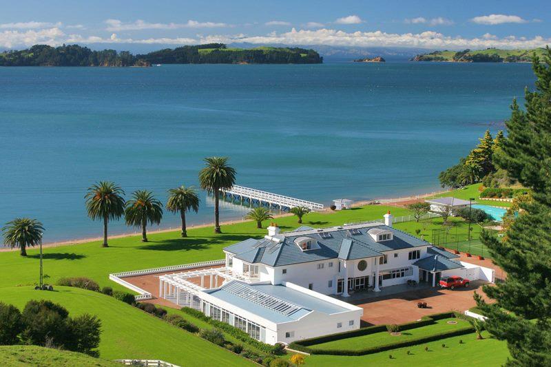 kupit-dom-u-morya-v-novoj-zelandii-ostrove-uaiheke-cowes-bay-waiheke