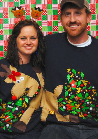 clever-ugly-christmas-sweaters-34__605
