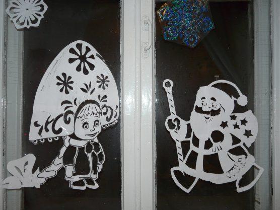 Новогодние витражи на окна из бумаги своими руками