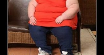 Прикольные картинки про еду и жирных (31 фото)