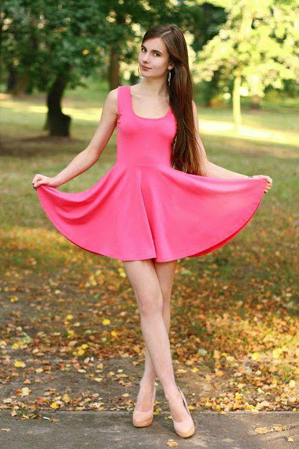 Фото девушек 18 красивых в платьях