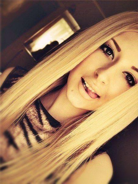 красивые фотографии девушки блондинки одинаковые