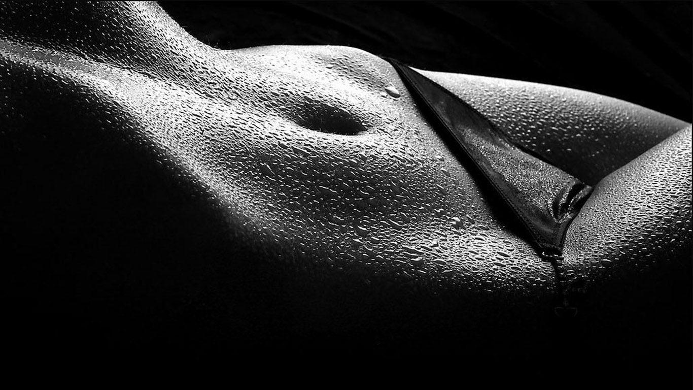 Красивое тело женщины фотографии черно белое фото 601-366