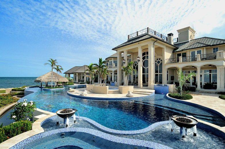 красивый дом у моря фото