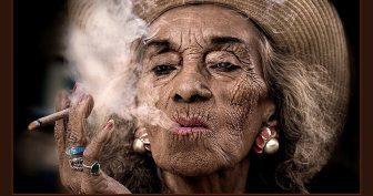 Прикольные картинки старушек (37 фото)